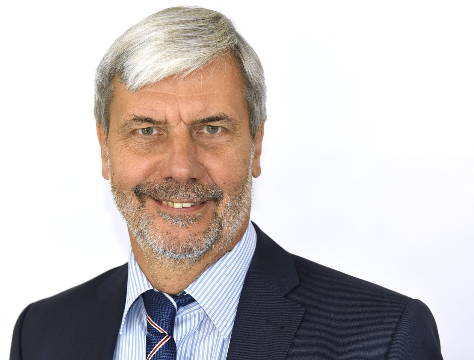 Herr Michael Schurich